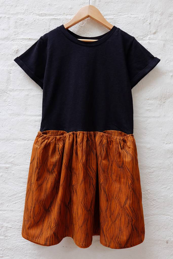 Easy fit tee dress with fine line print skirt
