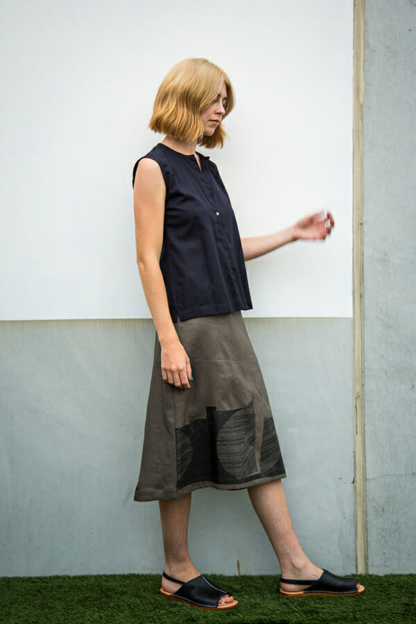 atlin Skirt in cotton sateen with geometric silkscreen print and metal zip at back